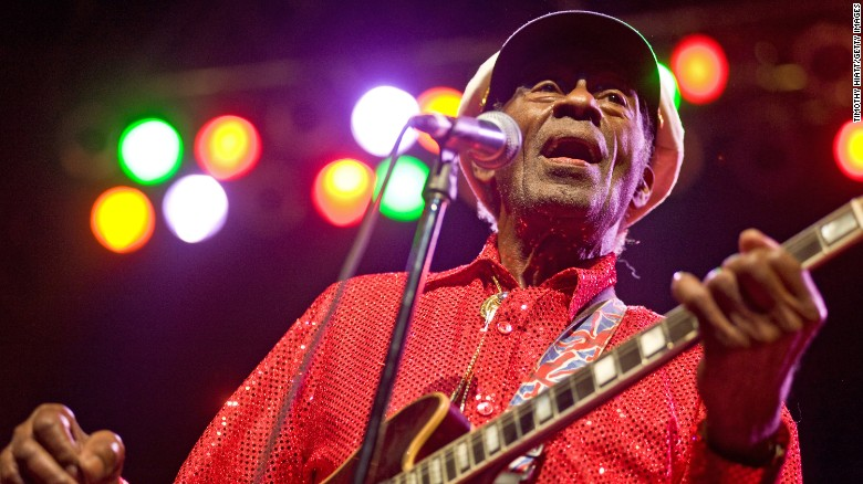 Chuck Berry, icona del rock and rollMorto Chuck Berry, icona del rock and rollEsplora il significato del termine: Cantante e chitarrista